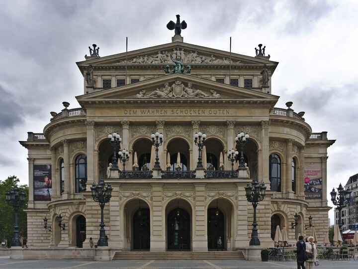 "The ""Alte Oper"" (old opera) in Frankfurt am Main."